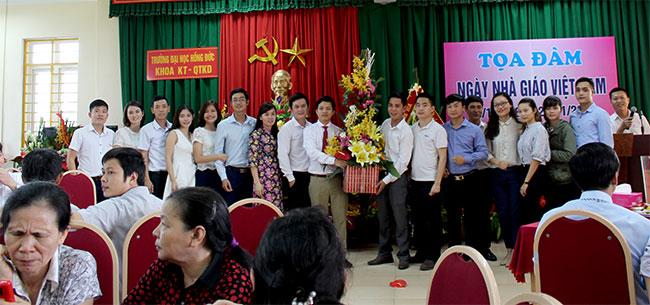 Công ty An Hiểu Minh chúc mừng ngày nhà giáo Việt Nam 20-11